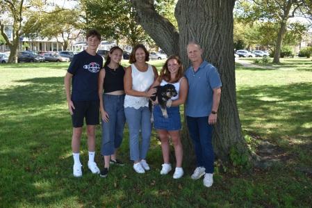 Ellen & Family 3